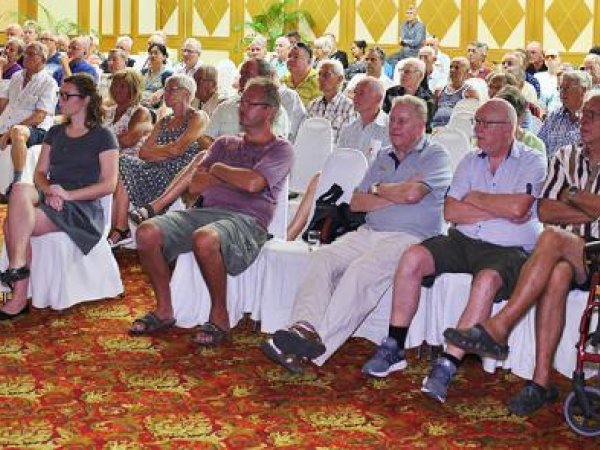 Livlig ambassademøte på Jomtien